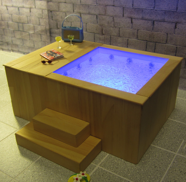 *LAST FEW* Hot Tub - choice of finish