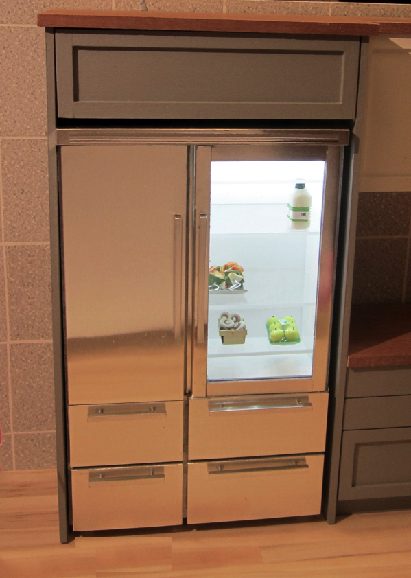 2-DOOR FRIDGE WITH DRAWERS