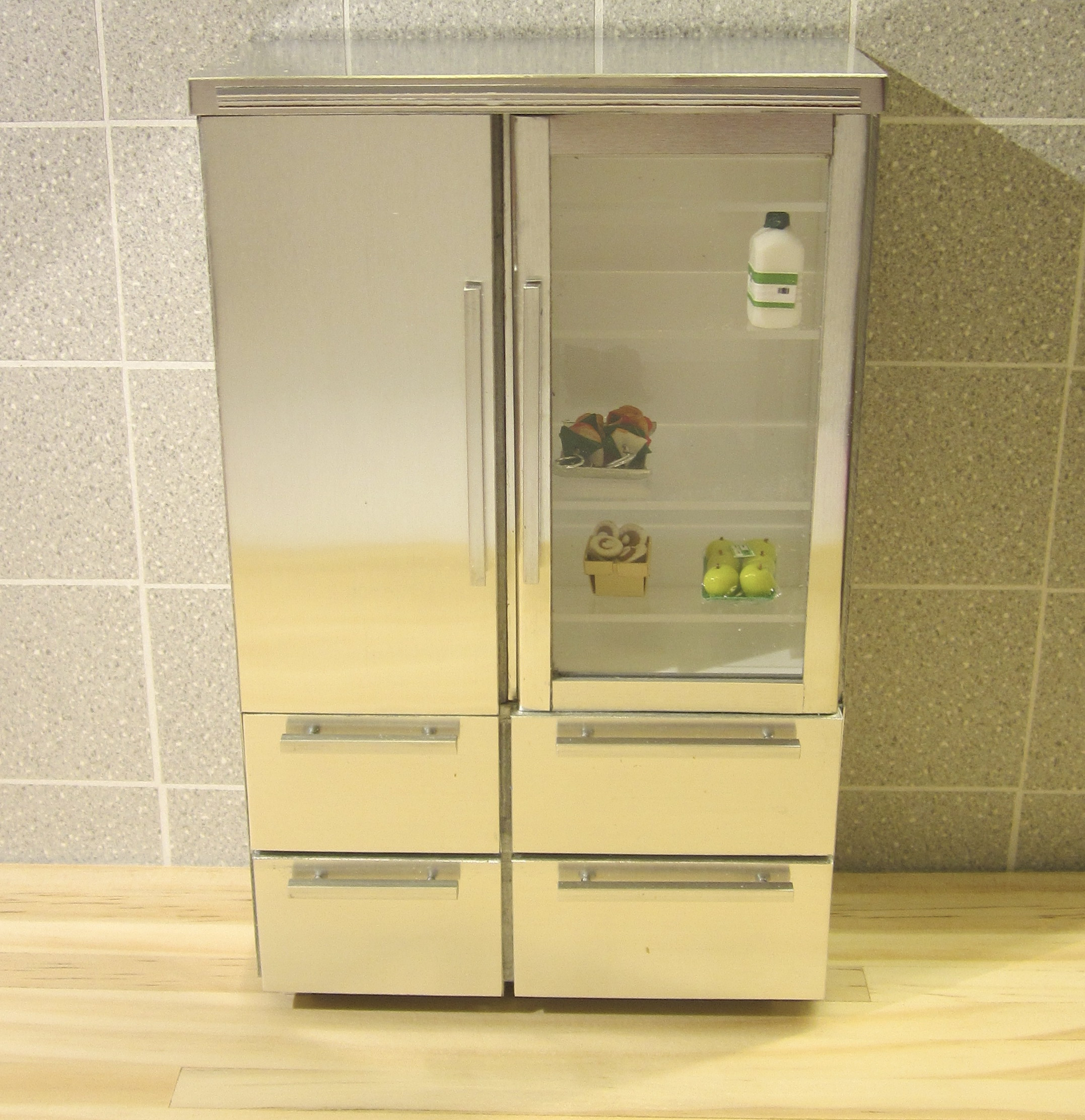 1:10 2-DOOR FRIDGE WITH DRAWERS