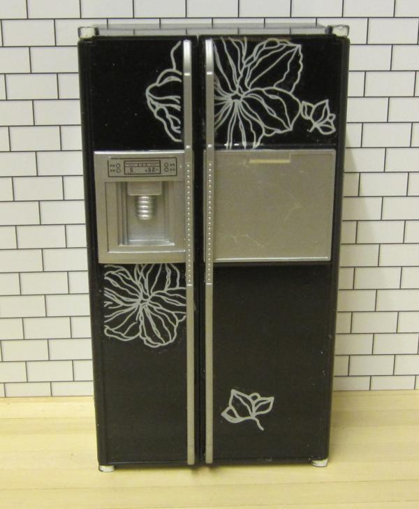 *ONE ONLY* American-style refrigerator - black w...