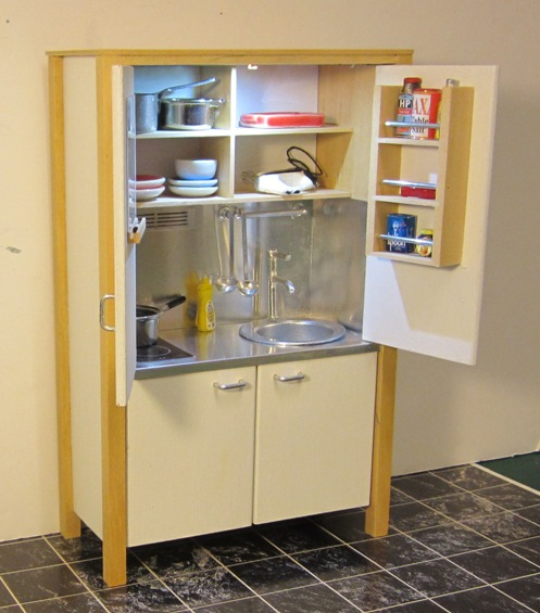 SELF-CONTAINED KITCHENETTE