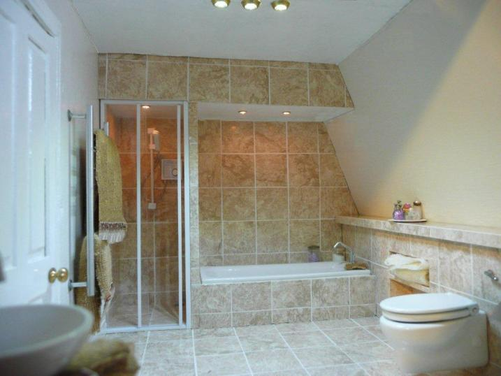 Film for tiling (bathroom)